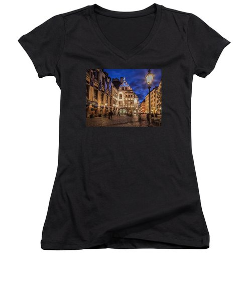 Hofbrauhaus Women's V-Neck T-Shirt (Junior Cut)