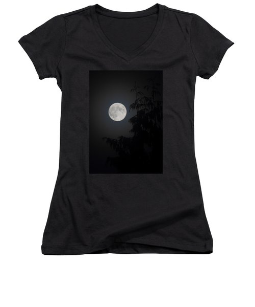 Hunters Moon Women's V-Neck