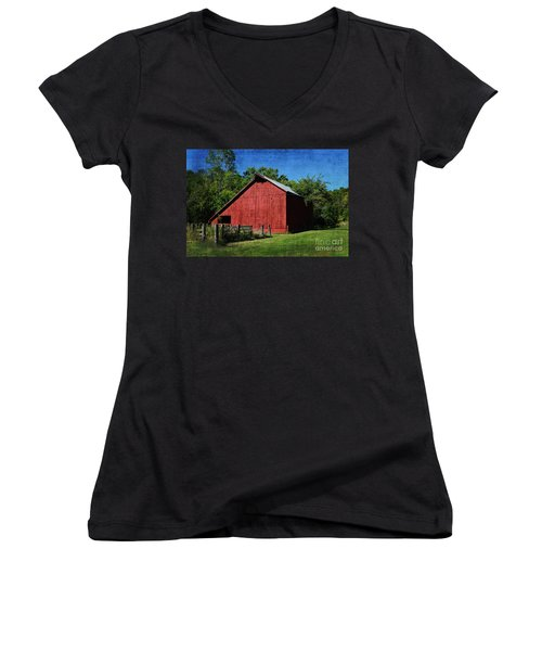 Illinois Red Barn 2 Women's V-Neck (Athletic Fit)