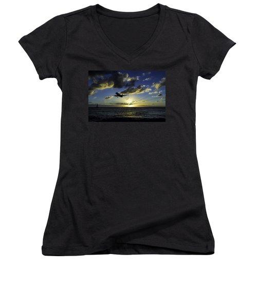 jetBlue landing at St. Maarten Women's V-Neck T-Shirt (Junior Cut) by David Gleeson
