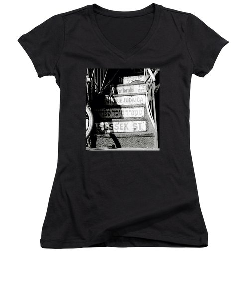 Jewish New York Women's V-Neck