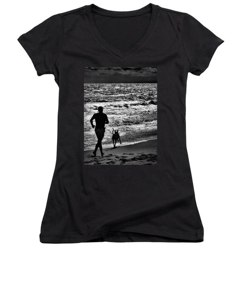 Joggin Wit Dad Women's V-Neck T-Shirt