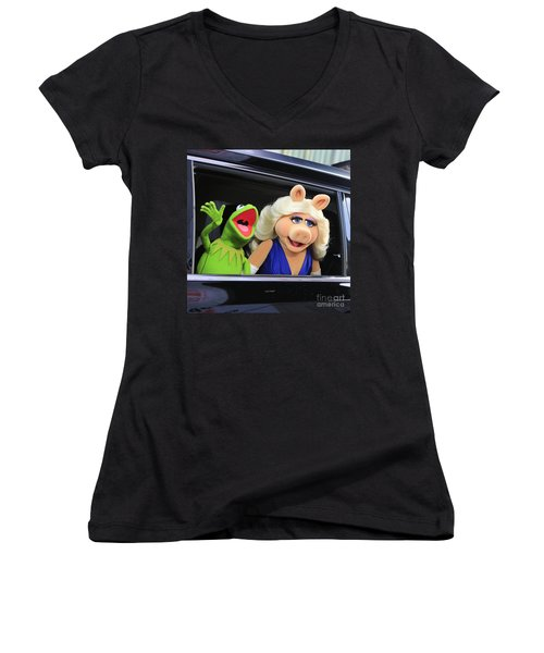 Kermit Takes Miss Piggy To The Movies Women's V-Neck T-Shirt (Junior Cut) by Nina Prommer