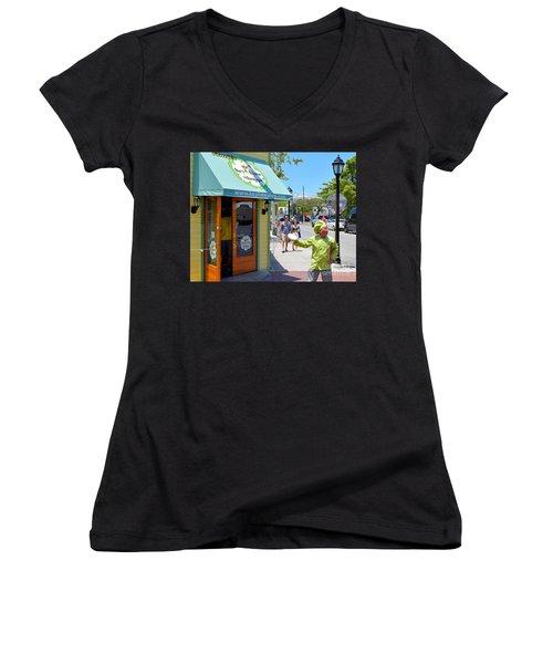 Key Lime Pie Man In Key West Women's V-Neck T-Shirt