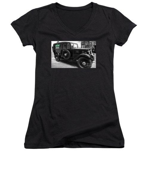 Kilbeggan Distillery's Old Car Women's V-Neck T-Shirt