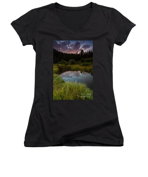 Laramie River Sunset Women's V-Neck (Athletic Fit)
