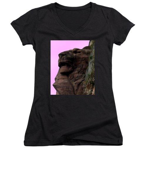 le Lion de Bartholdi Women's V-Neck