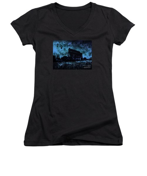 Lincoln Memorial Women's V-Neck (Athletic Fit)