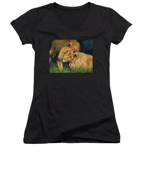 Lion  Love Women's V-Neck T-Shirt