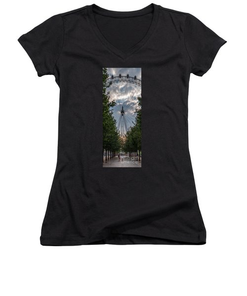 London Eye Vertical Panorama Women's V-Neck (Athletic Fit)
