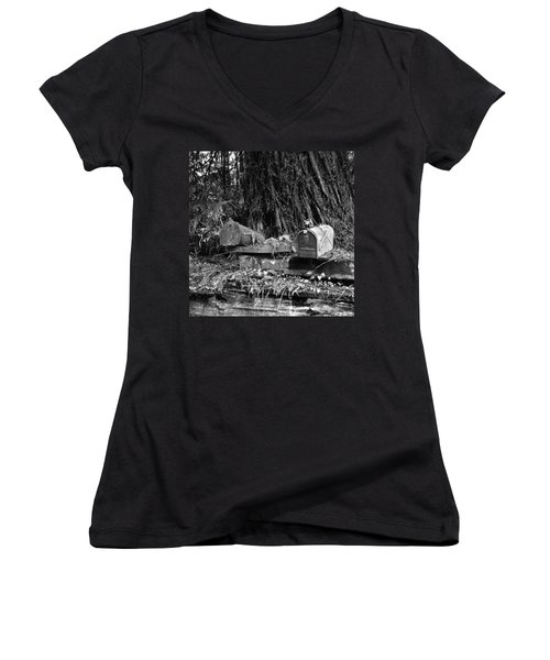 Lonely Post Women's V-Neck T-Shirt