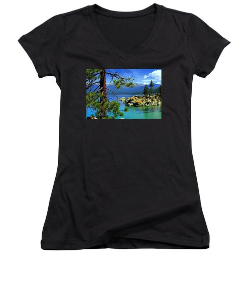Looking North Women's V-Neck (Athletic Fit)