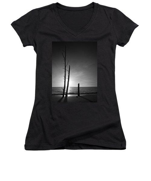 Lovers Key Sunset Black And White One Women's V-Neck T-Shirt