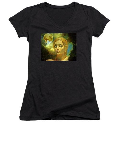 Luna In The Garden Of Evil Women's V-Neck T-Shirt