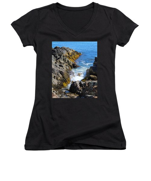 Marginal Way Crevice Women's V-Neck (Athletic Fit)