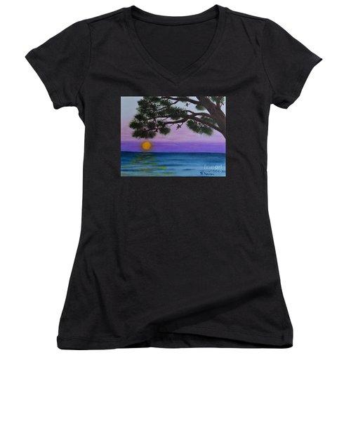 Mobile Bay Sunset Women's V-Neck T-Shirt (Junior Cut) by Melvin Turner