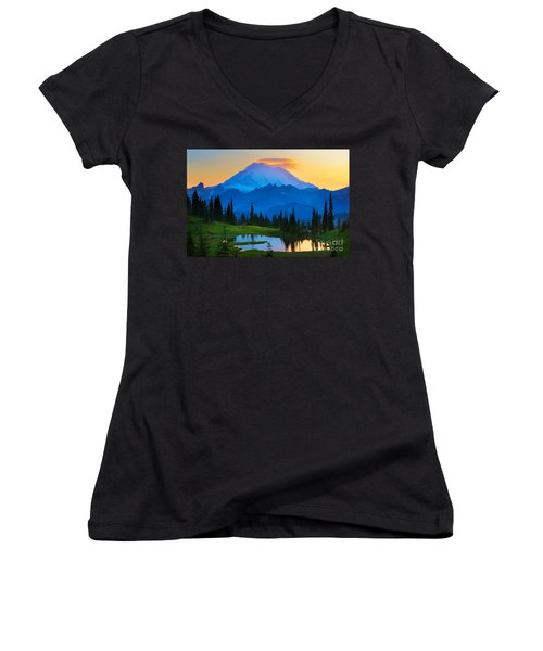 Mount Rainier Goodnight Women's V-Neck