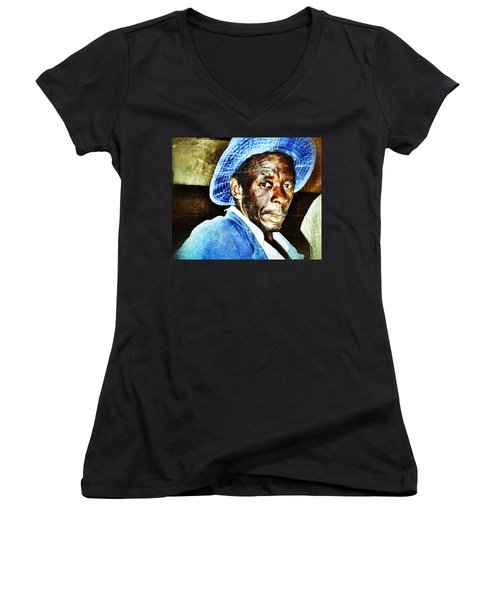 Women's V-Neck featuring the photograph Mr. Jinja by Al Harden