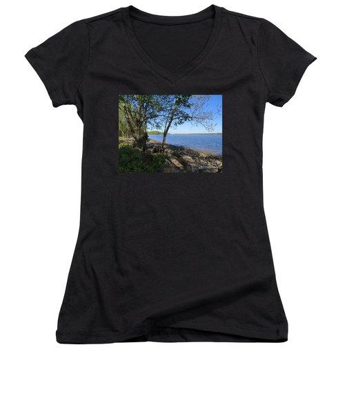 Mud Island Women's V-Neck T-Shirt