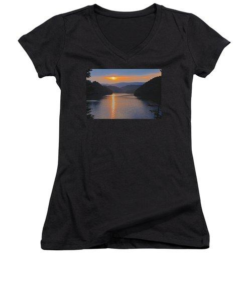 Natures Eyes Women's V-Neck T-Shirt