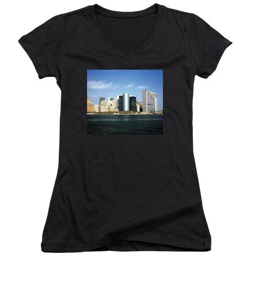 New York Skyline Women's V-Neck