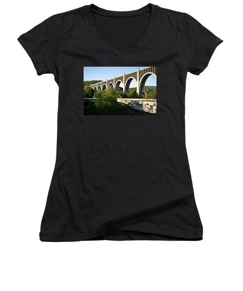 Nicholson Bridge Women's V-Neck
