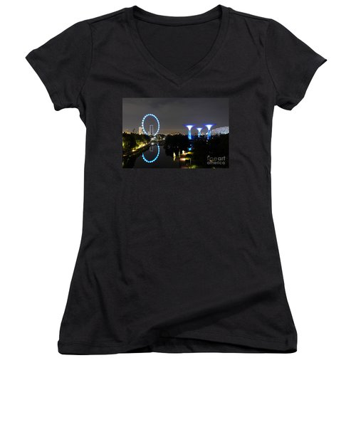 Night Shot Of Singapore Flyer Gardens By The Bay And Water Reflections Women's V-Neck T-Shirt