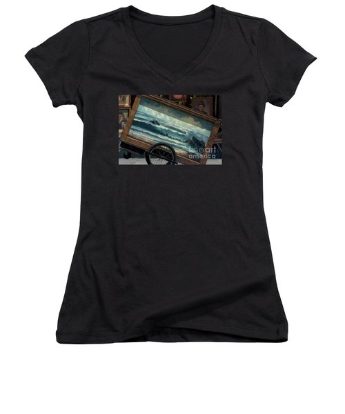 Women's V-Neck T-Shirt (Junior Cut) featuring the photograph Ocean On Wheels Artist Cart At Jackson Square New Orleans La Usa by Michael Hoard