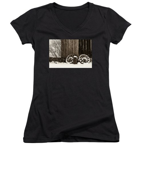 Old Wagon Wheels Women's V-Neck
