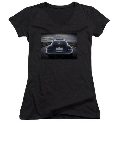Open Road Women's V-Neck T-Shirt