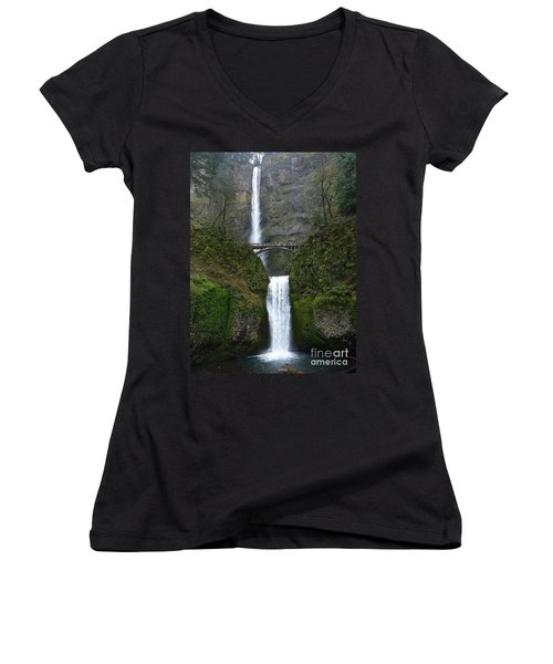 Oregon Long Shot Of  Falls Women's V-Neck T-Shirt