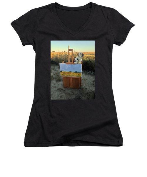 Painterly Lab Women's V-Neck T-Shirt