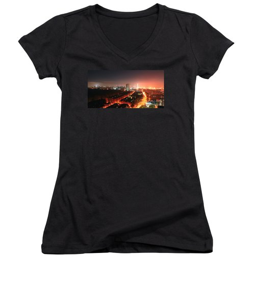 Panoramic London Women's V-Neck (Athletic Fit)
