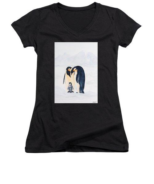 Penguin Family Women's V-Neck T-Shirt