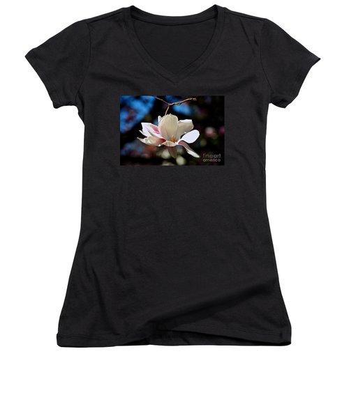 Perfect Bloom Magnolia Women's V-Neck