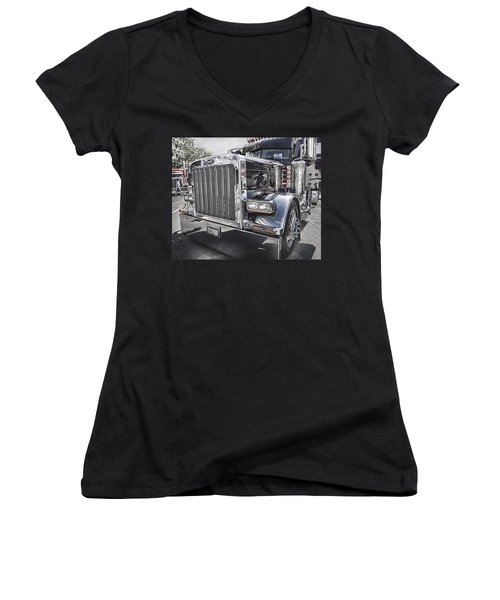 Peterbilt 2005 Women's V-Neck T-Shirt (Junior Cut) by Theresa Tahara