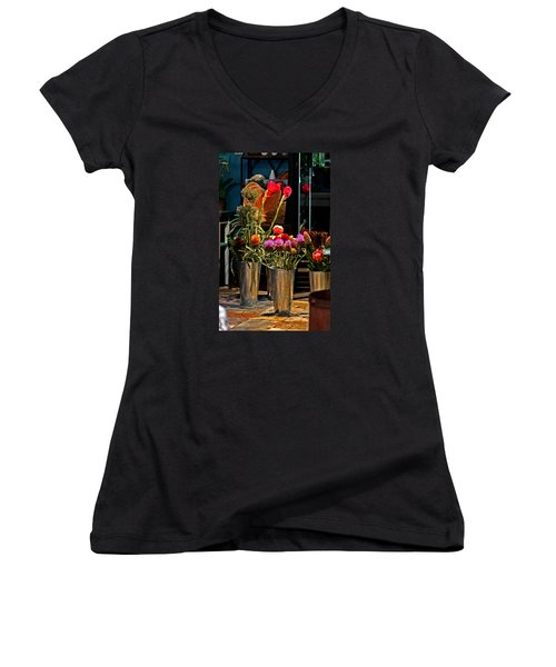 Phlower Vases Women's V-Neck