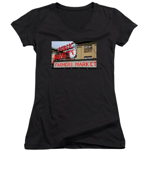 Pike Place Farmers Market Sign Women's V-Neck T-Shirt
