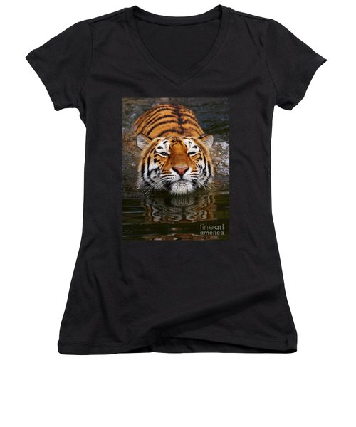 Portrait Of A Bathing Siberian Tiger Women's V-Neck T-Shirt