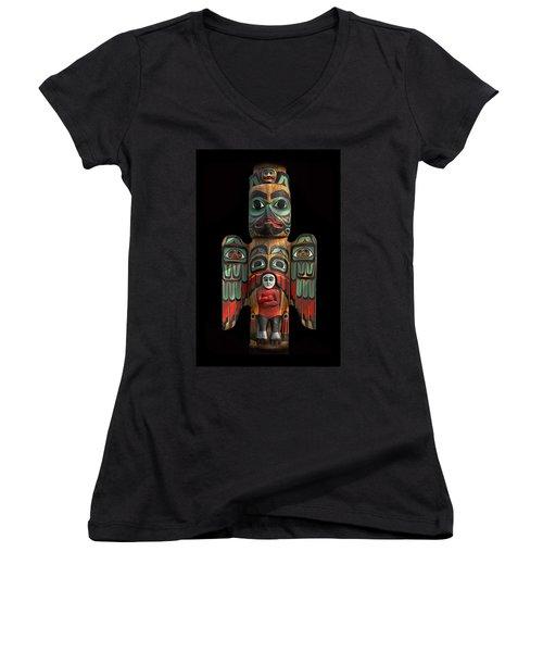 Raven And Saxman Totem Women's V-Neck T-Shirt (Junior Cut) by Gary Warnimont