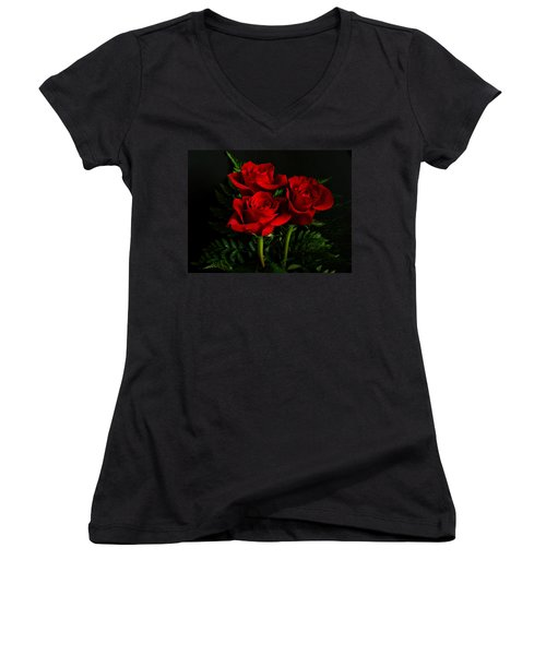 Red Roses Women's V-Neck