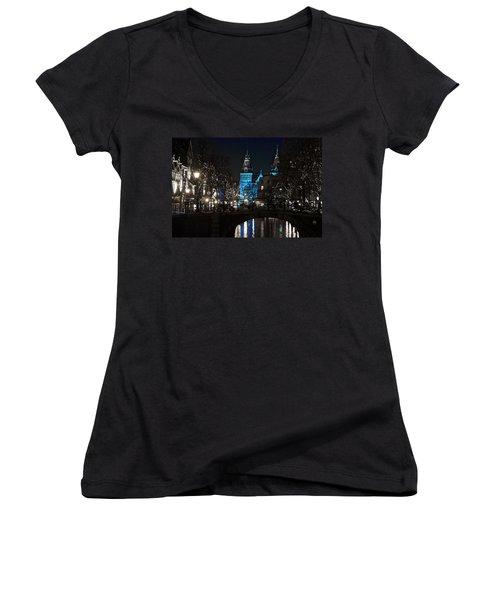 Rijksmuseum In Blue Women's V-Neck T-Shirt