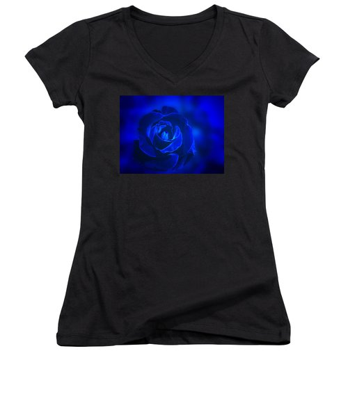 Rose In Blue Women's V-Neck T-Shirt