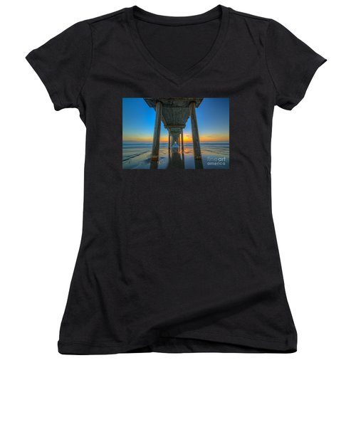 Scripps Pier Sunset Women's V-Neck T-Shirt (Junior Cut)