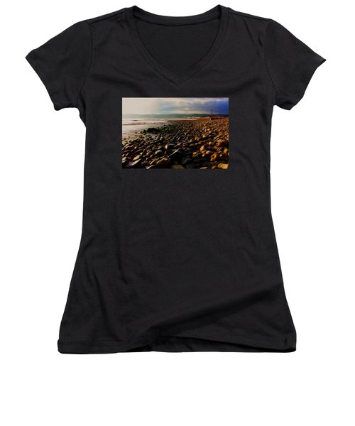Seaton Women's V-Neck T-Shirt