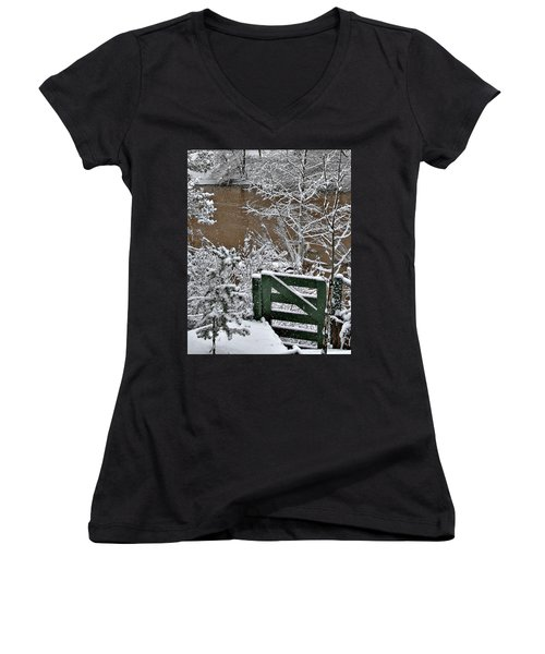 Snowy River Gate Women's V-Neck (Athletic Fit)