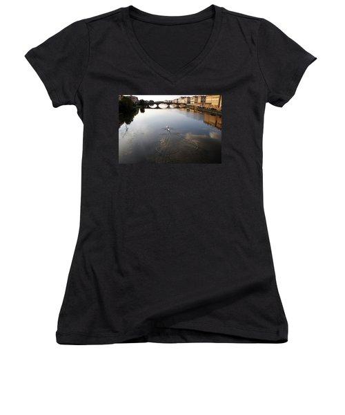 Solitary Sculler Women's V-Neck T-Shirt