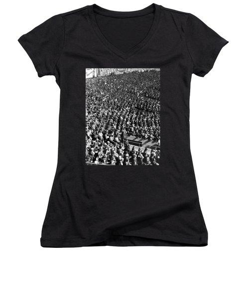 Baseball Fans At Yankee Stadium In New York   Women's V-Neck T-Shirt (Junior Cut) by Underwood Archives
