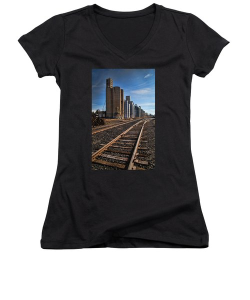 Spangle Grain Elevator Color Women's V-Neck (Athletic Fit)