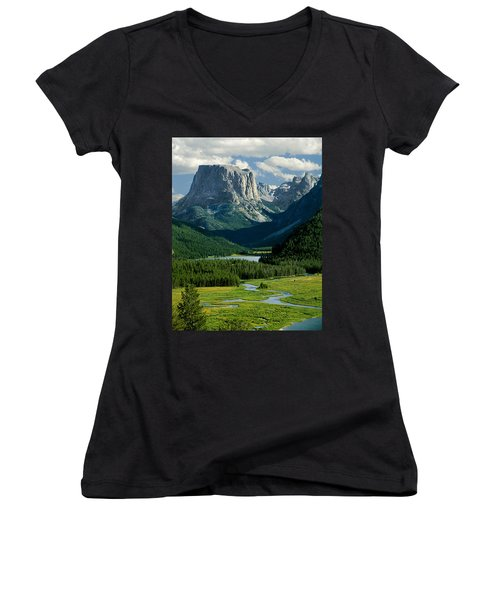Squaretop Mountain 3 Women's V-Neck (Athletic Fit)